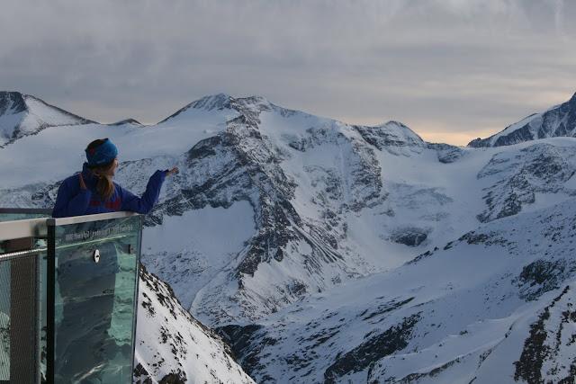 Hello Gletscher, hier bin ich! Auf der coolsten Plattform © diekremserin on the go