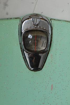 """Our Vintage Adventures!: """"Detecto"""" Vintage Bathroom Scale"""