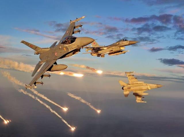 Τουρκικά F-16 παρενόχλησαν το ελικόπτερο με τον αρχηγό ΓΕΣ στη Ρω