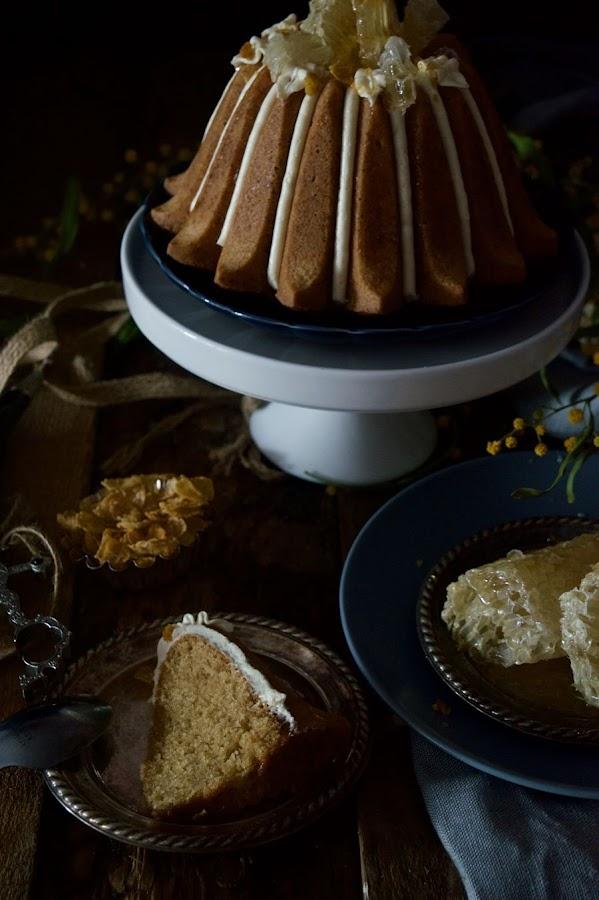 Bundt cake de cereales con miel