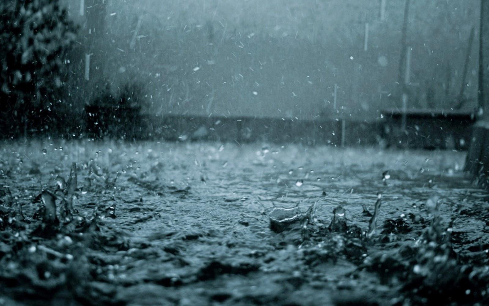 Hẻm mưa