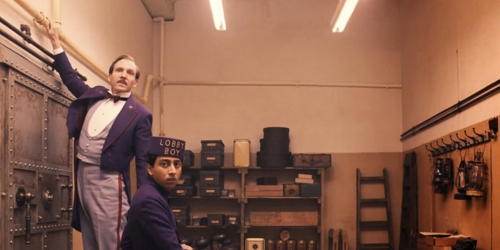the movie symposium the grand budapest hotel. Black Bedroom Furniture Sets. Home Design Ideas