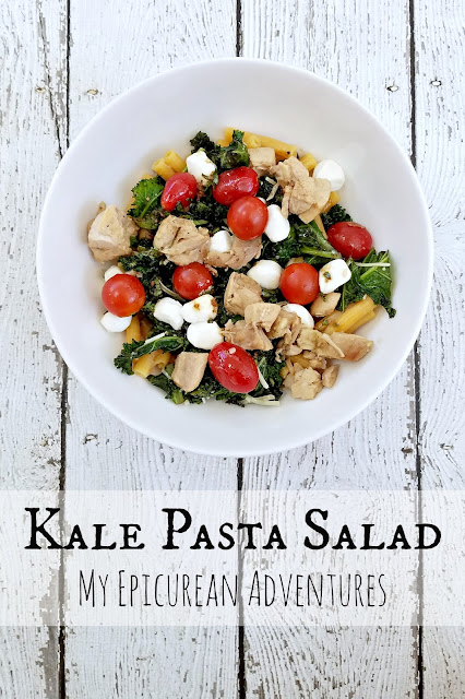 Kale Pasta Salad Lunches: Super healthy AND delicious! Great for kids and grown-ups alike, too!