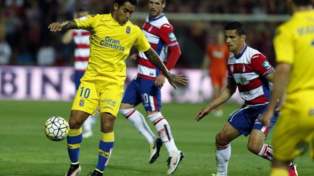 Sergio Araujo en Granada tampoco marcó gol