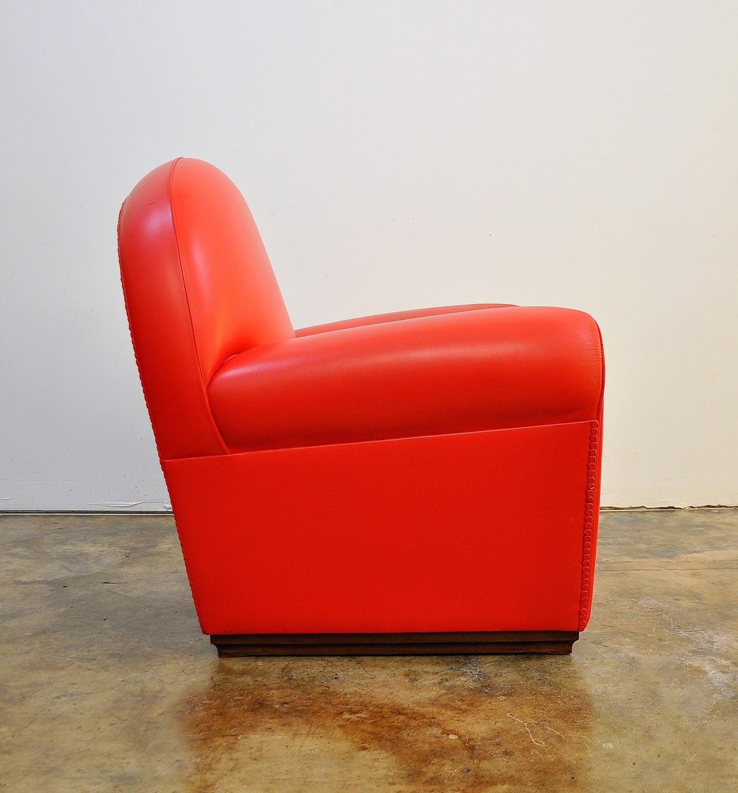 SELECT MODERN: Poltrona Frau Vanity Fair Leather Club Chair