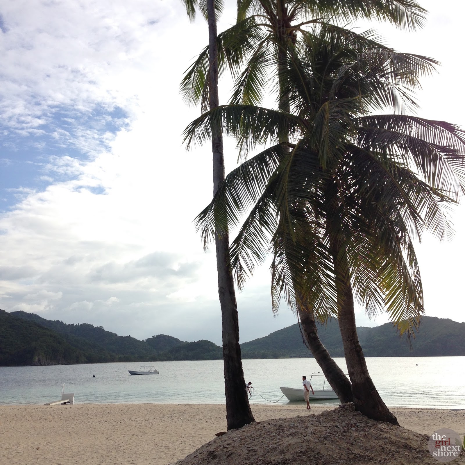 Pangulasian, El Nido: a hike, Piolo Pascual's view, and sunset dinner