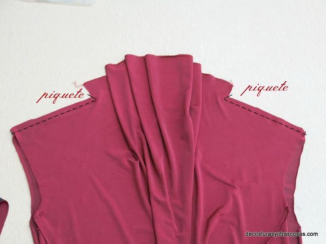 como coser una blusa con escote drapeado