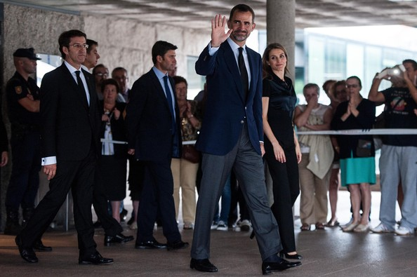 Prince Felipe and Princess Letizia visit the Emergency services after a train crash killed 78 in Santiago de Compostela