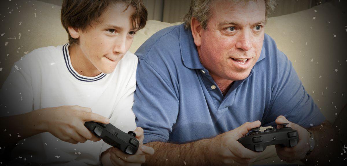 Orangtua bermain game dengan anak