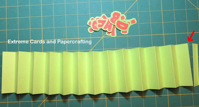 accordion fold card in a box, making the pleat