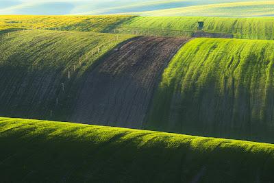 من أجمل الأماكن الطبيعية بالعالم :- منطقة مورافيا التشيكية 0_85363_87860d26_ori