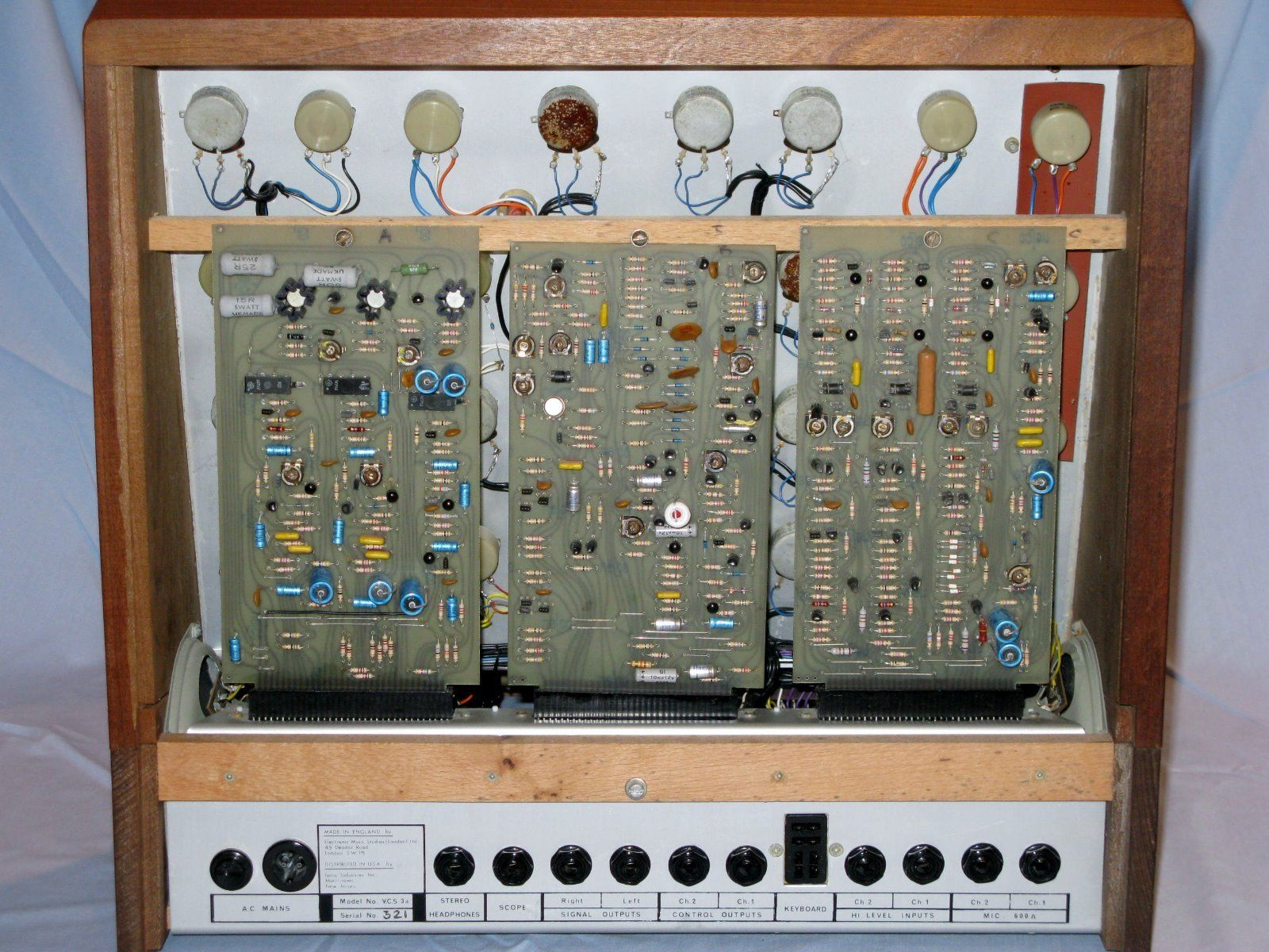 Why isn't there an EMS VCS3 or EMS Synthi AKS reissue/clone? - Page