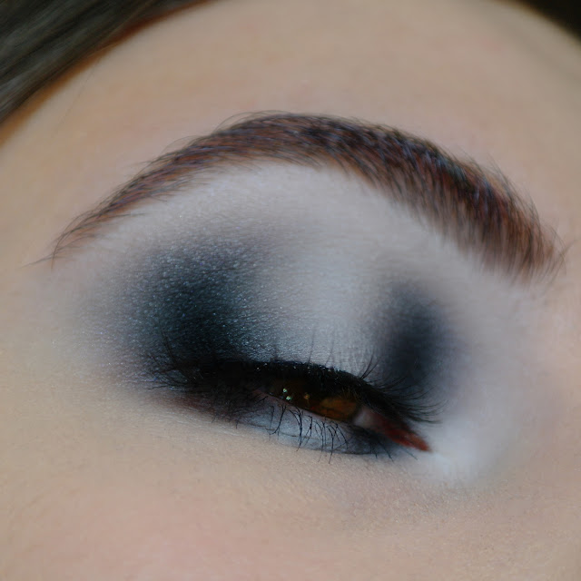 eyeshadow quad equinox look eye teeez cosmetics halo eye black and white