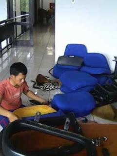 Pusat Reparasi Kursi Sofa