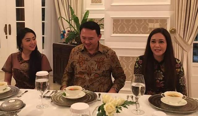 Maia Estianty dan Dewi Persik Makan Malam di Rumah Dinas Ahok