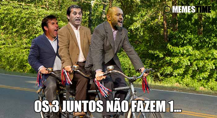GIF Memes Time, da bola que rola e faz rir - O Porto tem atualmente 3 treinadores; Julen Lopetegui, José Peseiro e Nuno Espírito Santo, pelos penos paga-lhes o salario ao fim do mês – Os 3 juntos não fazem 1…