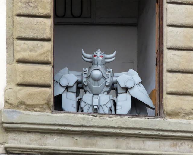 Goldrake, Grendizer at a window, Borgo degli Albizi, Florence