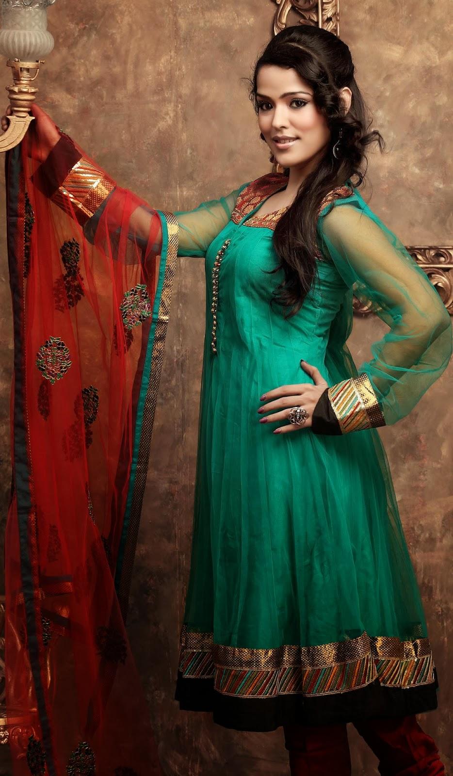Punjabi Girl Salwar kameez HD Pictures Gallery #1 ...