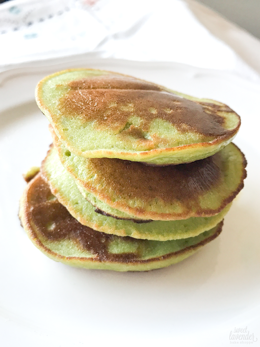 *updated* 2 ingredient pancakes (with added veggies!)...