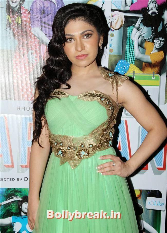Tulsi Kumar, Hotties at Yaariyan Music Launch