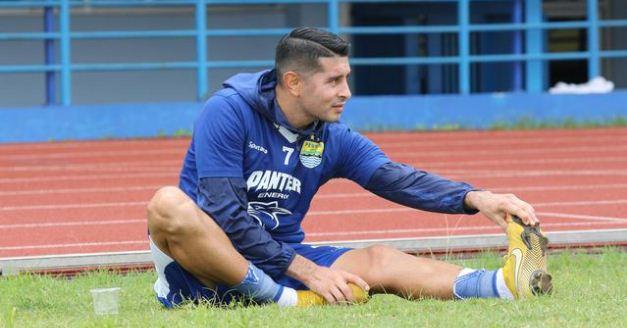 Persib vs Borneo FC: Esteban Vizcarra Berpeluang Dimainkan