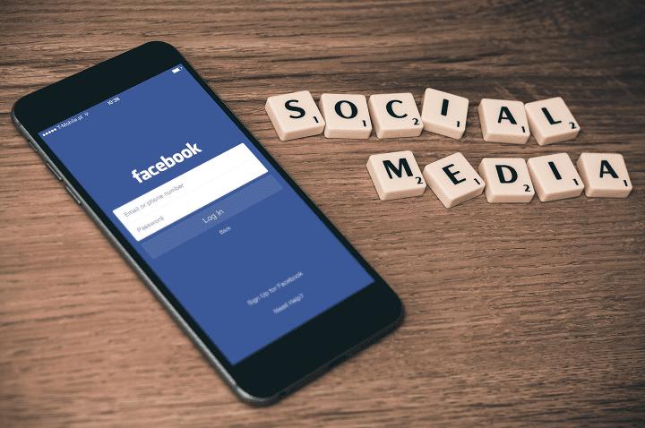 facebook menjadi media sosial terbesar di dunia