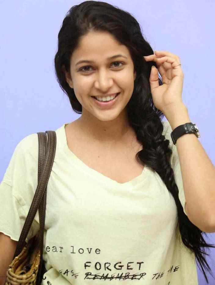 Actress Long Hair Without Makeup Face Stills Lavanya Tripathi