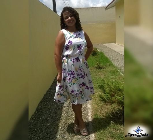 Vestido floral baratinho