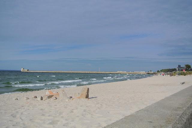 plaża na Helu w okolicy fokarium, jak wygląda?