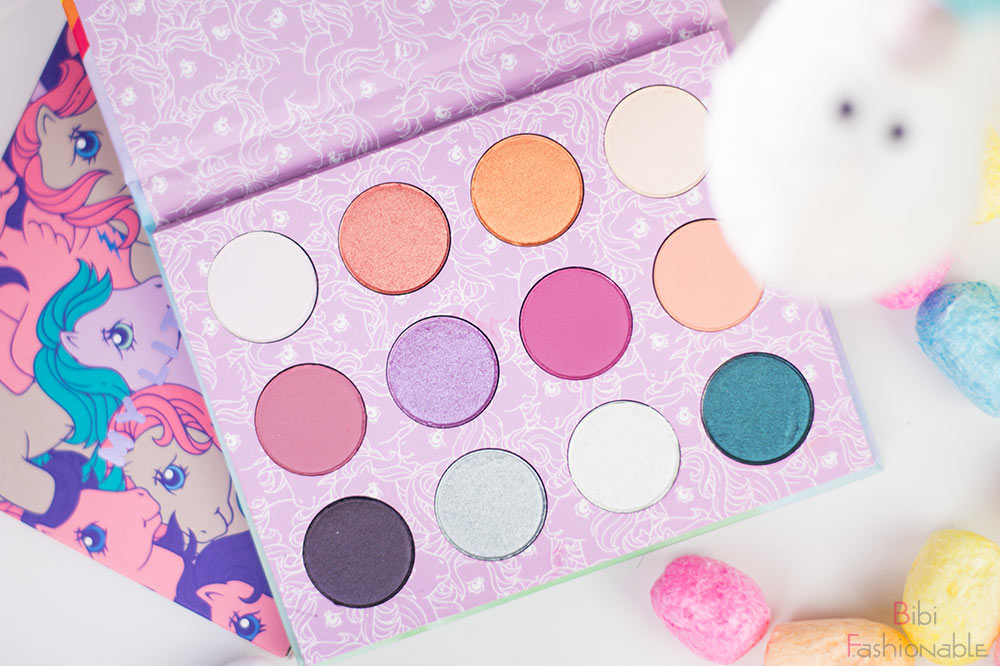 ColourPop My little Pony Pressed Powder Shadow Palette offen Flatlay