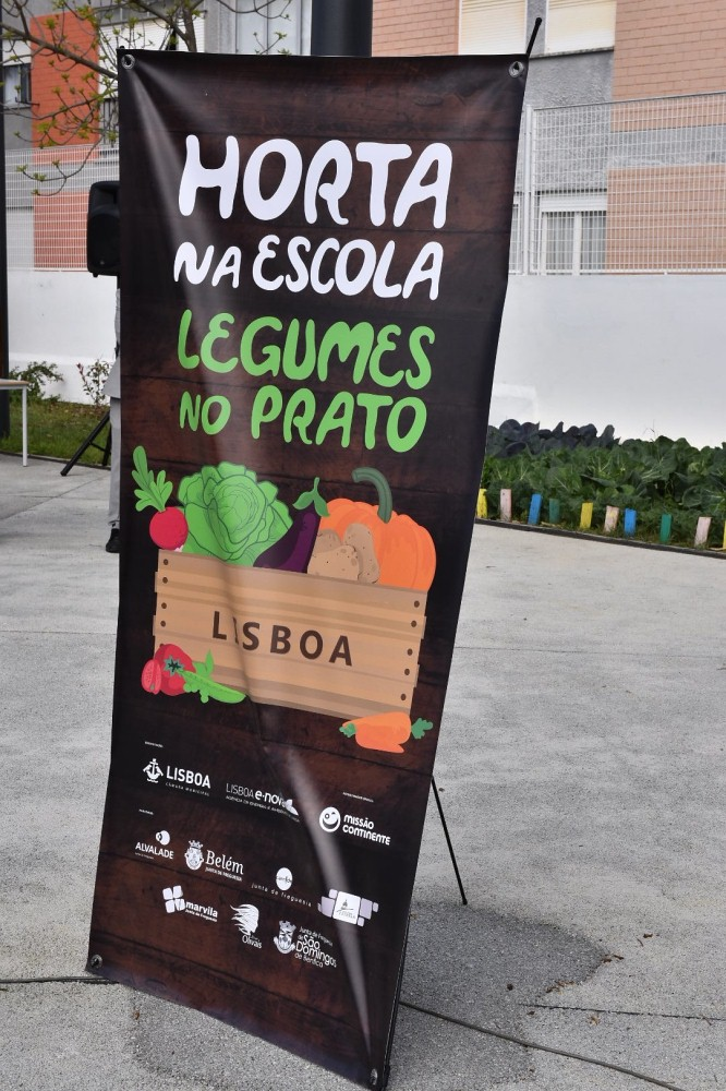 Banner do Hortas na Escola... Legumes no Prato
