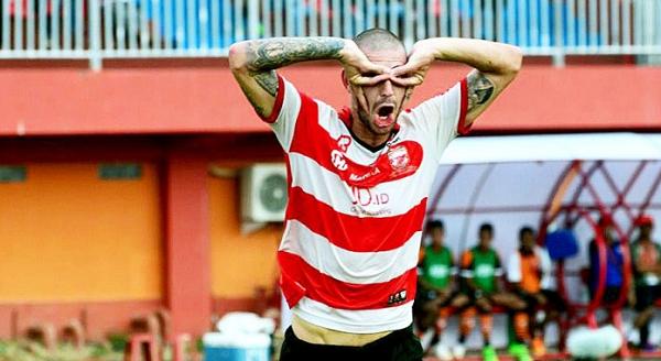 Waduh! Karena Sakit Jiwa, Madura United Akan Coret Dane Milovanovic