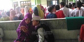 Hari Pertama Sekolah, Wali Murid Percaya Pada Guru