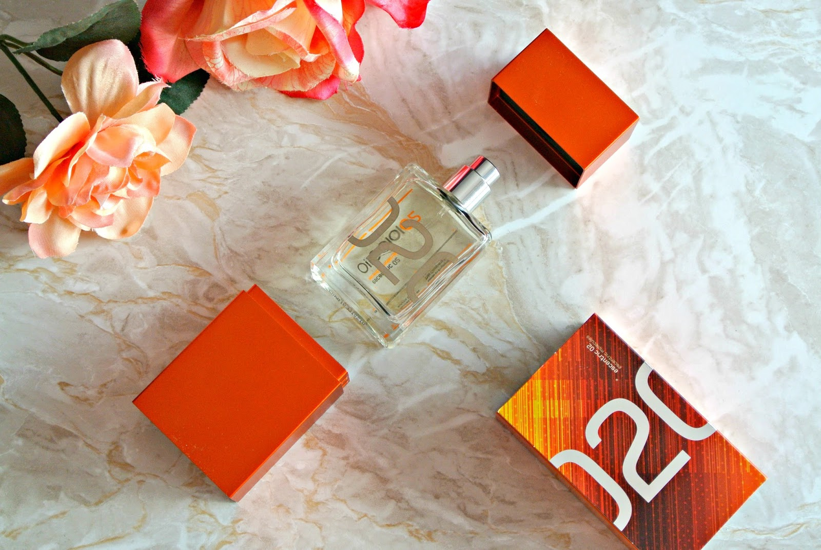 Escentric 02 by Escentric Molecules Fragrance Review