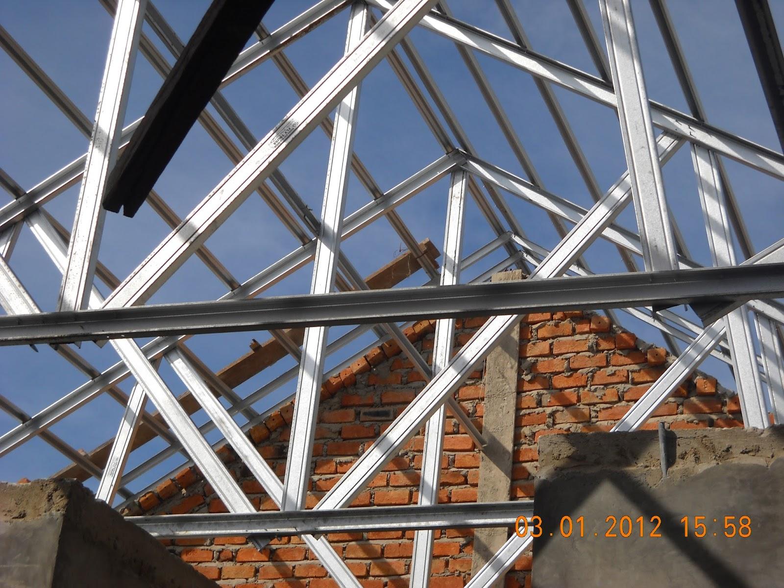 Perbandingan Harga Baja Ringan Vs Kayu Pemasangan Atap Di Ponorogo