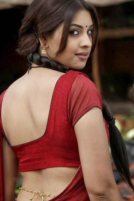 Richa Gangopadhyay Navel hot gallery: Richa Gan...