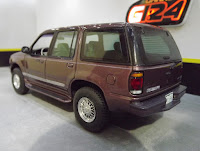 Ford Explorer 96 limited AMT 4x4 1/25