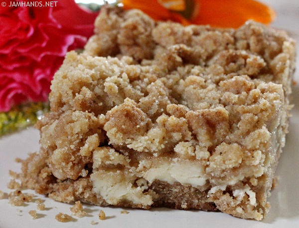 Cream Cheese Pear Coffee Cake