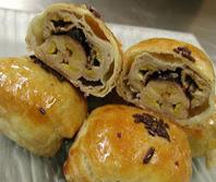 resep-dan-cara-membuat-kue-pisang-molen-bolen-keju-kartika-sari-bandung