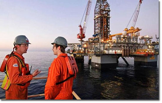 Trabalhos bizarros que pagam muito bem - Operário de plataforma de petróleo