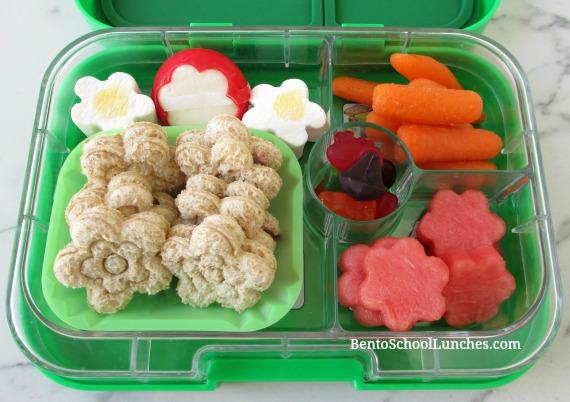 Flower stamped sandwiches bento school lunch