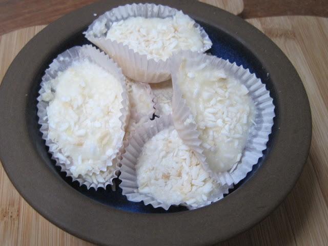 """bombes de gras à la noix de coco (""""fat bomb"""")"""