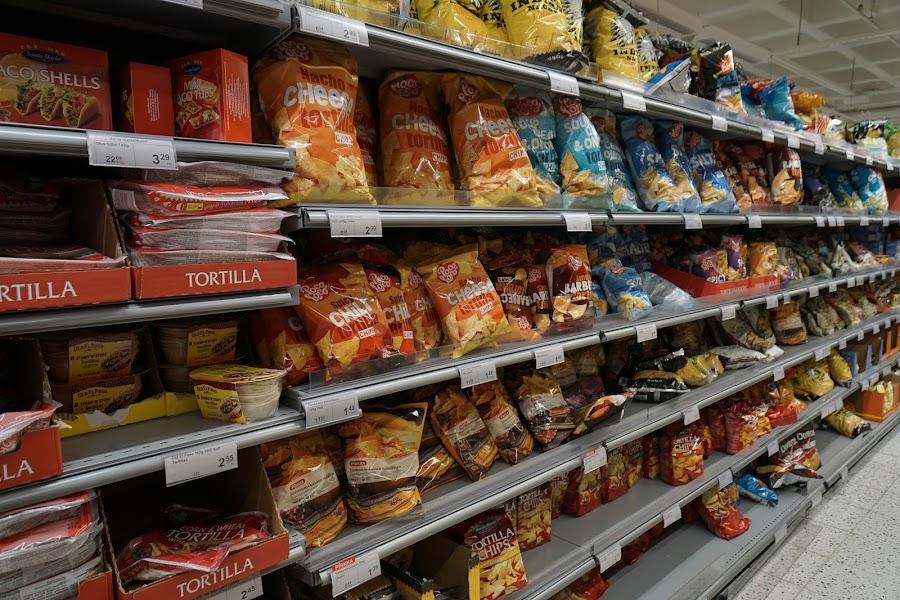 カンピ ショッピングセンター(Kamppi Centre)とスーパー