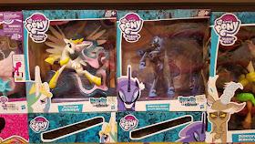Guardiand of Harmony Celestia, Nightmare Moon, Discord Phillipenes Toys R' Us