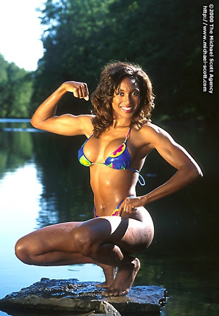 Jamie Vain - 90s Fitness Model