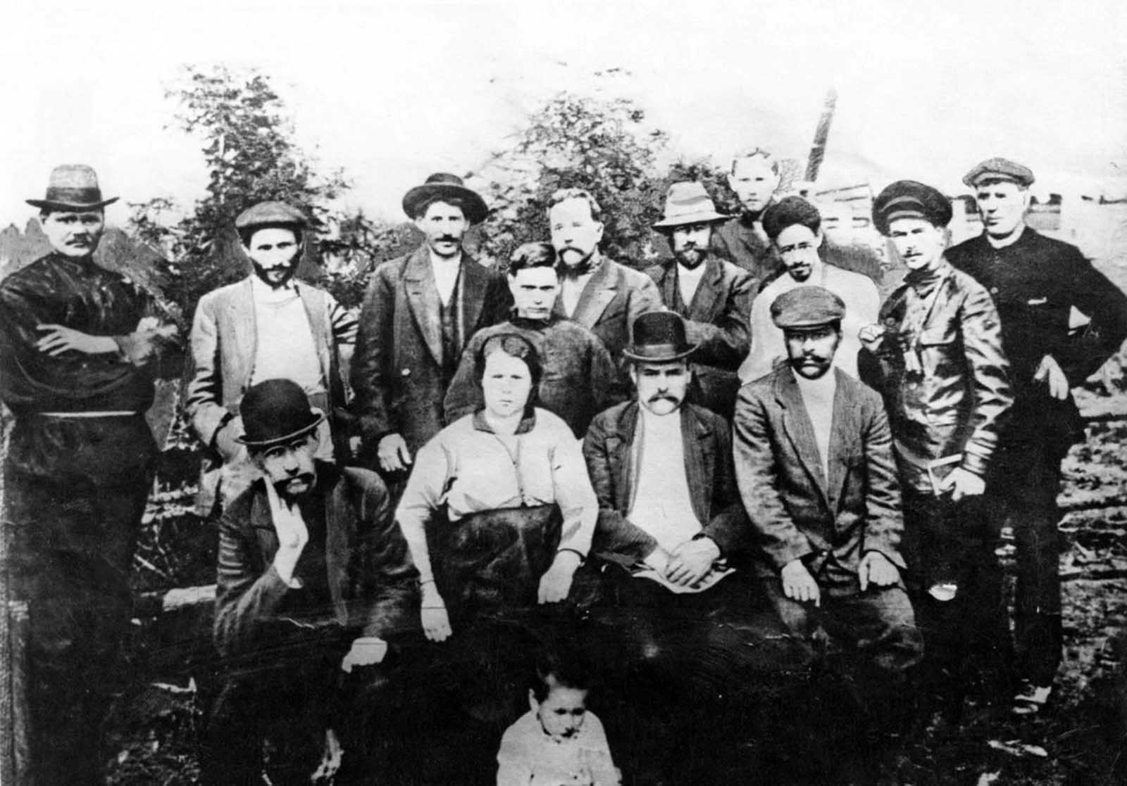 Stalin (standing, third from left) with a group of Bolshevik revolutionaries in Turukhansk, Russian Empire. 1915.