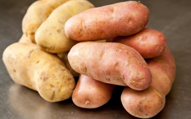 7 alimentos que não devem ser guardados na geladeira - Batatas (Imagem: Reprodução/Fernando Barroso)
