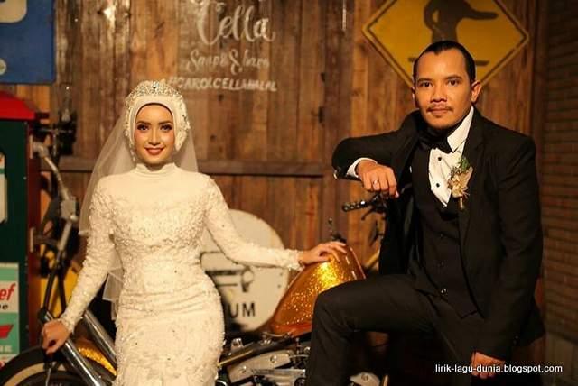 Cella Kotak dan istri