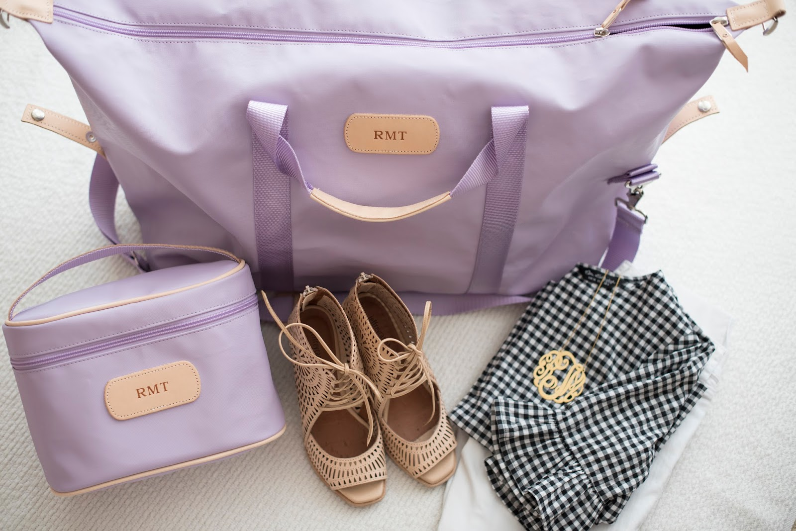 The perfect travel bags - Jon Hart Design on Something Delightful Blog