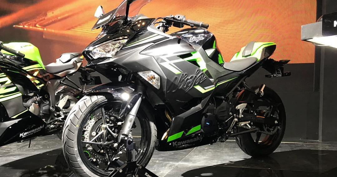 Kawasaki Resmi Rilis Ninja 250 Fi Versi Keyless  Pertama
